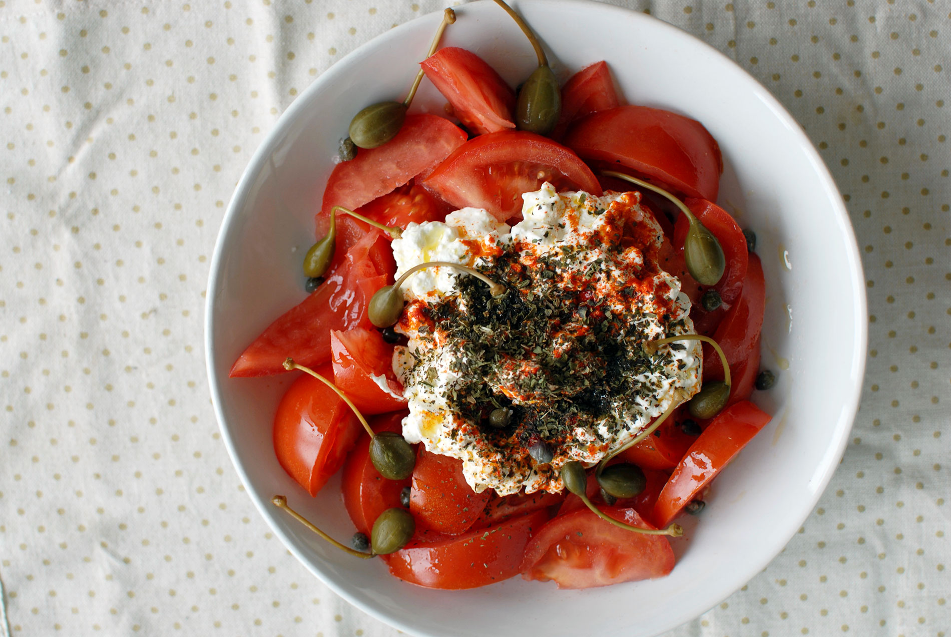 Tomato and cottage cheese salad,auronalurra, food blog, recipes